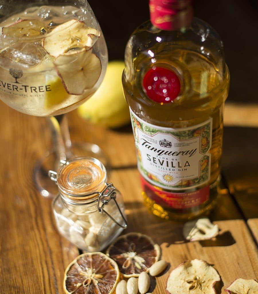Sol Y Sombre Drinks Photography